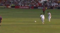 Christiano Ronaldo casse le poignet d'un enfant en tirant un coup franc [video] - http://www.2tout2rien.fr/christiano-ronaldo-casse-le-poignet-dun-enfant-en-tirant-un-coup-franc-video/