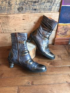 80351b9eed 38 meilleures images du tableau silver boots
