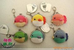编织 Crochet Wallet, Crochet Coin Purse, Crochet Keychain, Crochet Earrings, Crochet Fabric, Cute Crochet, Crochet Flowers, Coin Purse Pattern, Purse Patterns