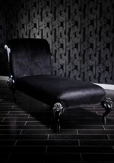 Fabulous chaise, diva style