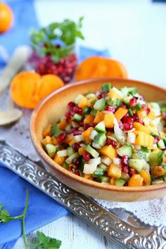 ... Pomegranate Salsa! Cool idea for a slightly spicy winter salsa
