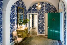 Abundant in nature, fun and sophisticated indoors, and always stunning, emerald green is one trendy color that's here to stay. Browse gorgeous designer spaces, and learn how to use this luxurious hue in your home. Green Front Doors, Green Pictures, Curved Walls, Residential Architect, Ship Lap Walls, Formal Living Rooms, House Colors, Emerald Green, My House