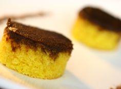 Bolo de cenoura com cobertura de chocolate!! #carrots #cenoura #chocolat #chocolate #bolo #cake #cybercook