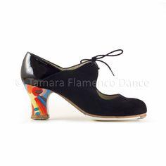 Zapato profesional de flamenco Begoña Cervera modelo Arty ante negro y charol tacon pintado https://www.tamaraflamenco.com/es/zapatos-de-flamenco-profesionales-4