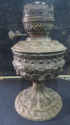Antique Ornate spelter Kerosene table oil lamp Duplex Brass Burner Art Nouveau