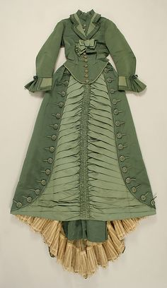 1873-1875 ___ Dress by Depret ___ Silk ___ French (Paris) ___ at The Metropolitan Museum of Art ___ photo 1