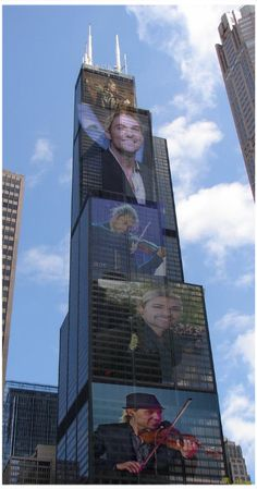Violinist David Garrett image on the Chicago Sears (Willis) Tower