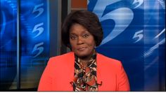 News Anchor Removes Wig for Postchemo Natural-Hair Reveal | Beauty - Yahoo Shine