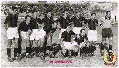 Una formazione del Milan 1933-34. In piedi, da sinistra: Arcari III, Moretti, Cresta, Romani, Capitanio, Rigotti, Torriani, Compiani. In basso: Bonizzoni, Bortoletti, Stella