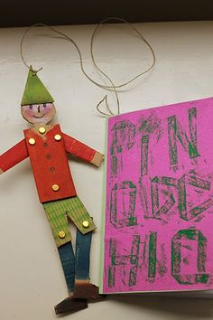 """Atelier """"Pinocchio"""" aujourd'hui à La petite école des Trois Ourses .   Chacun a créé son pantin en carton, et a ensuite illustré des..."""