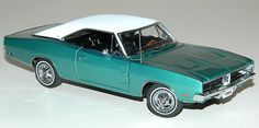 PhillyMint - Danbury Mint 1969 Dodge Charger SE Coupe Limited Edition Bright Turquoise 1:24th Scale Diecast Model