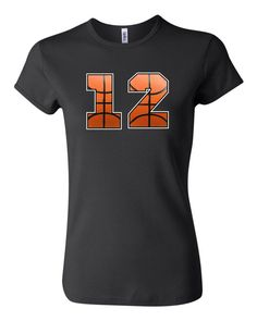 T número de baloncesto personalizada de la por RedheadedMonkeys
