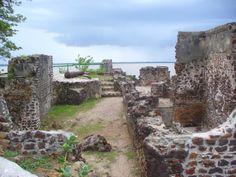 Kunta Kinteh Island and Related Sites, Lower Niumi and Upper Niumi districts and Banjul Municipality, Gambia. Inscription in 2003. Criteria: (iii)(vi)
