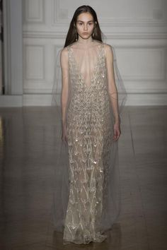 Spring 2017 Couture / Valentino