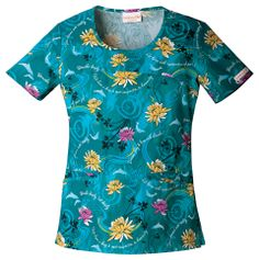 Style Code: A round neck top that features binding around the neck and pockets. Also featured are front yoke, back darts and side vents. Cherokee Uniforms, Cherokee Scrubs, Buy Scrubs, Medical Uniforms, Scrub Tops, Men Casual, Darts, Easy Access, Mens Tops