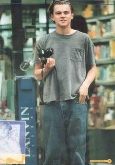 Leonardo Dicaprio Kate Winslet, Young Leonardo Dicaprio, Sup Girl, Basketball Diaries, Leonardo Dicapro, Leo And Kate, Celebrity Babies, Celebs, Celebrities