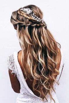 Drop-Dead Exquisite Wedding Hairstyle Ideas (26)