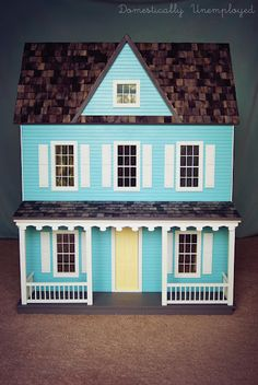 Same dollhouse kit we have for Anna. I love what she did with this one.