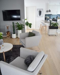 Me gusta, 67 comentarios - Happy_habitat✖️ ( en Instagr. Home Staging, Scandinavian Style Home, Interior Decorating, Interior Design, Living Room Interior, Interior Inspiration, Living Room Designs, Decor Styles, Small Spaces