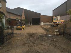 Claes Infra &Beton:buitenaanleg bij Fruitbedrijf Moonen uit Herk de Stad