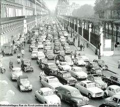 Traffic Jam Rue de Rivoli, mid-1950s Photo:Peter Miller