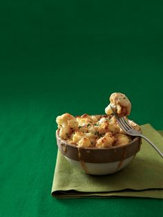 Get all the creamy, cheesy goodness of mac and cheese—without the high starch content of macaroni. To make your own breadcrumbs, tear firm, fresh bread into pieces and whirl in a food processor or blender until crumbs form. Mac-and-Cheese-Style Cauliflower, 3.7 out of 4 based on 18 ratings