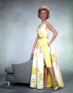 Mitzi Gaynor - LOVE this outfit!