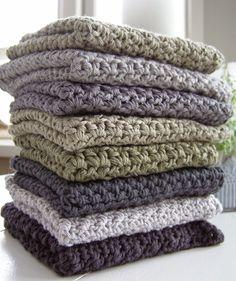 Halager: DIY - Endnu en karklud i mønsterhækling Crochet Towel, Crochet Dishcloths, Diy Crochet, Knitting Projects, Crochet Projects, Crochet Kitchen, Textiles, Knitted Blankets, Beautiful Crochet