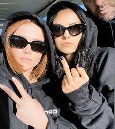 Riverdale Cheryl, Riverdale Cast, Veronica Lodge Riverdale, Camila Mendes Veronica Lodge, Camila Mendes Riverdale, Camilla Mendes, Tres Belle Photo, Tumbrl Girls, Zoey Deutch