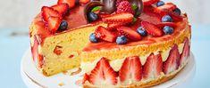 Selymes vaníliakrémes epertorta piskótával: a franciák legszexibb édessége - Receptek | Sóbors Sweet Tooth, Cheesecake, Food, Cheesecake Cake, Cheesecakes, Hoods, Meals, Cheesecake Bars