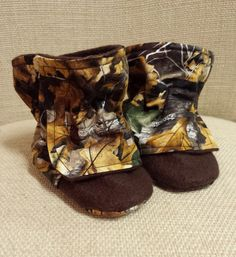 Camo Baby Booties Infant Winter Boots Newborn Boy by ToastyToesies, $20.00