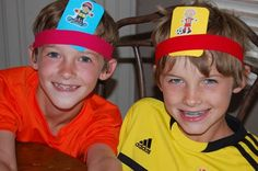 Make your own- Who Am I?, What Am I?, Who Was I? & What Am I Doing? #Headbandz style game.  Includes link to sample game questions.