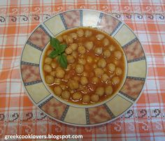 GREEK COOK LOVERS: CHICKPEAS SOUP