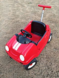 Amazing DIY plastic car makeover. Great idea for old toys!