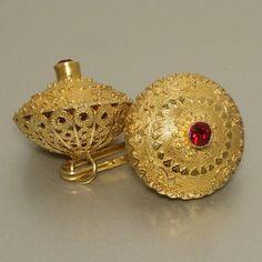 Sardegna gioielli. Traditional gold button