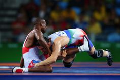 Hassan Sabzali Rahimi (R) of the Islamic Republic of Iran competes against Yowlys Bonne Rodriguez (L) of Cuba during the Men's 57kg Bronze Medal Wrestling match on Day 14 of the Rio 2016 Olympic Games at Carioca Arena 2 on August 19, 2016 in Rio de Janeiro, Brazil.  (2400×1600)