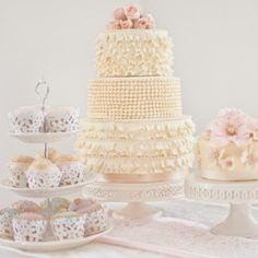 vintage cake and cupcakes