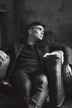 First Look: Cillian Murphy Peaky blinders