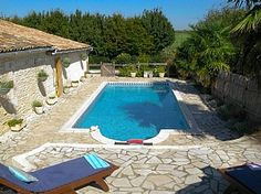 Holiday home in St Dizant du Gua, Nr. Mirambeau, Charente Maritime, France. FR178 looks nice near water Holiday Lettings, French Property, Villa, Cottage, France, Nice, Outdoor Decor, Houses, Cottages
