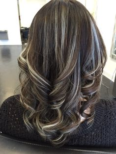 Long Wavy Ash-Brown Balayage - 20 Light Brown Hair Color Ideas for Your New Look - The Trending Hairstyle Brown Hair Balayage, Brown Blonde Hair, Light Brown Hair, Hair Color Balayage, Hair Highlights, Dark Hair, Grey Hair, Haircolor, Frosted Hair