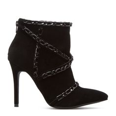 sot hot!!! ShoeDazzle! Style. Personalized.