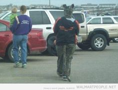 People of Walmart Part 17 - Pics 17 People Of Walmart, Stupid People, Wallmart People, Walmart Photos, Screwed Up, Brain Teasers, Funny Pictures, Funny Memes, Lol