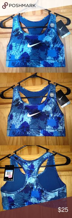 Nike sports bra Nike sports bra, brand NWT, super cute and comfy just wasn't the correct size for me, great condition!! No padding Nike Intimates & Sleepwear Bras