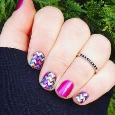 #mixtapejn and #fiercefuchsiajn what  #gorgeousnails