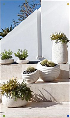 34 Modern Outdoor Planters To Add Style 34 Modern Outdoor Planters Modern Planters, Outdoor Planters, Garden Planters, Outdoor Gardens, Outdoor Stools, Succulent Landscaping, Garden Landscaping, Container Plants, Container Gardening