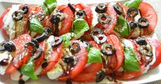 Caprese z oliwkami i bazylią Ladybug Snacks, Healthy Food Options, Healthy Recipes, Party Catering, Creative Food, Caprese Salad, Food Art, Kids Meals, Healthy Living