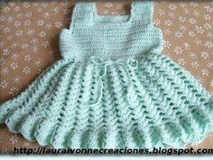 Robes fillettes de 3 à 6 mois et leurs grilles gratuites !