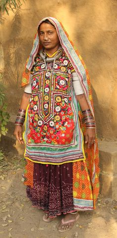India | Woman from the Meghwal tribe.  Gujarat. | ©Walter Callens