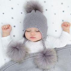 """7,244 Likes, 61 Comments - Atölye_örgü (@atolye_orgu) on Instagram: """"#knitting#knittersofinstagram#örgü#örgüaşkı#örgümodelleri#crochet#crochetblanket#crocheted#çeyiz#etamin#kanevice#dikiş#elyapimi#hobi#home#dekor#evdekorasyonu#evim#severekörüyoruz#handmade#elişi#crocheting#dantel#motif#amigurumi#patik#yelek#dikiş#örgüoyuncak#homedecor#vintage"""""""