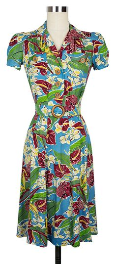 Our favorite shirtwaist dress is back with the Trashy Diva Sweetie Dress in Hawaiian Charm!